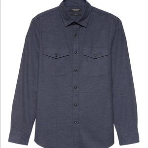 Banana Republic Men's slim casual dress shirt-